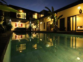 Tranquility 4BR/4BTH Private pool, Seminyak