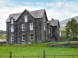 SHEPHERDS VILLA, family friendly, character holiday cottage, with a garden in Coniston, Ref 1591