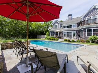 CASED - Deep Bottom Pond, Private Heated Pool, Central Air, WiFi, Gorgeous Views, West Tisbury