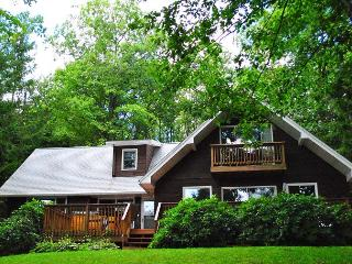 Lovely lakefront home, Swanton