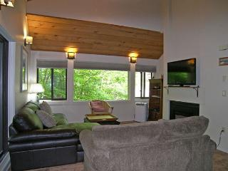 Alternate View of the Upper Living Area