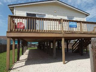 Cork Inn: Close to Town, Fenced in Yard, Pets, Boat Parking, Port Aransas
