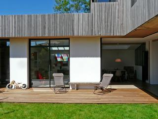 Architect house at 4km from the beach, Anglet