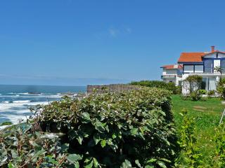 Biarritz, panoramic view on the sea, for this villa offering an ocean view.