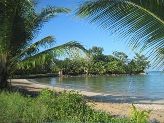 Beachfront Property on 3 Acres, Isla Colón