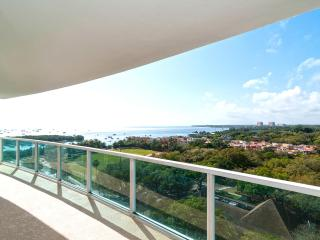 2/2.5 with direct water views @ Coconut Grove 4-star Resort!!, Miami