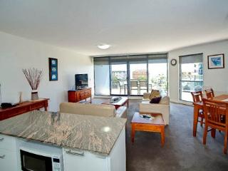 Apartment 401, Forster