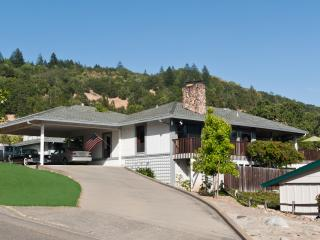 Large Custom Home 6 Bedroom/ Winery Area, Santa Rosa