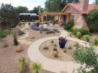 Casa La Huerta - Adobe - Check Our VRBO Reviews!, Albuquerque