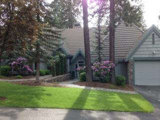 StoneRidge Townhomes Resort at Sunriver Oregon