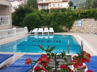 2 BEDROOM LUXURY LAREM APARTMENT NEAR BEACH, Oludeniz