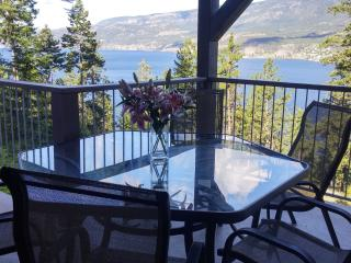 Spend your summer vacation in this lovely home., Kelowna