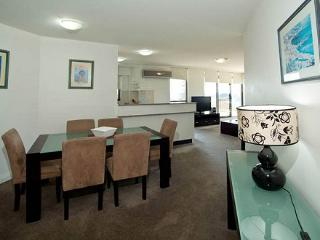 Apartment 503, Forster