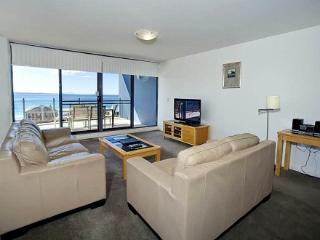 Apartment 804, Forster