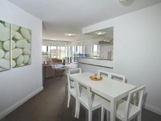 Apartment 902, Forster