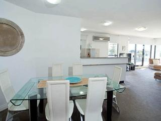 Apartment 403, Forster
