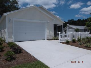 Newer 2 Bedroom Villa in The Villages Florida, Wildwood