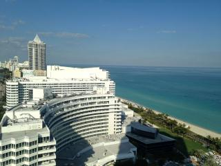 Fontainebleau-One Bedroom Ocean View Apartment, Miami