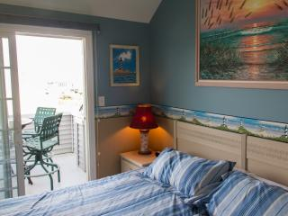 Third Floor Master Bedroom With Bathroom And Private Deck
