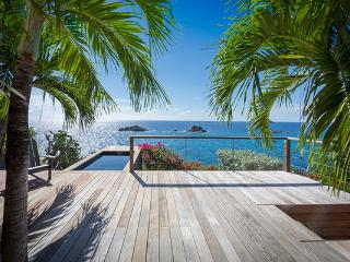 Contemporary, quiet villa near lively activities of the harbor WV GUS, Gustavia