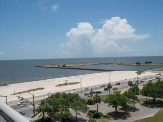 Lavish Waterfront Condo at Ocean Club, Biloxi