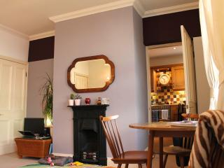 Cosy. Cottage. Travel.Convenience., Birkenshaw