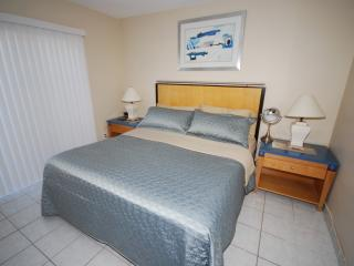 1 BR(103) CONDO-SUITE***FALL SPECIAL, Dania Beach