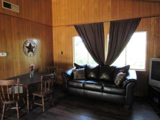 Canyon Lake Cottages - 2 Room