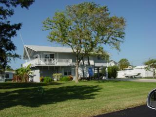 3 bed 3 bath Sail Boat dock in your back yard, Englewood