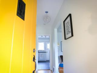 Cambie Village Gem! Vancouver Vacation Rental