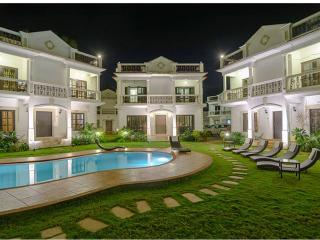 RitchMonde Villa Sleeps 6-8 person, Saligao
