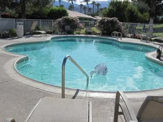 WH179 - Winterhaven Tennis Community - 2 BDRM, 2 BA, Palm Desert