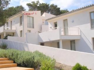 Chalet with barbecue,pool Poll, Cala Sant Vicenc