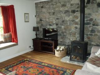 Troon holiday cottage close to golf