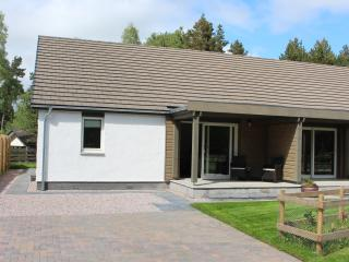 2 Dellmhor Cottages, Aviemore