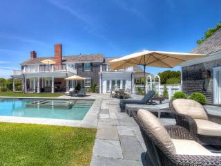 MOTLD - Exclusive Field Club Family Compound, Exquisite Architecture, Outstanding Designer Details Throughout., Edgartown