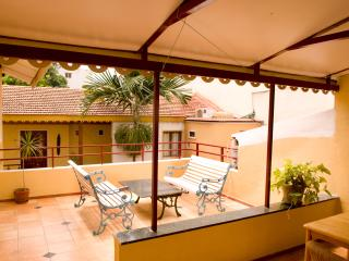 Private room with Terrce & Sit out in city Centre, Bangalore