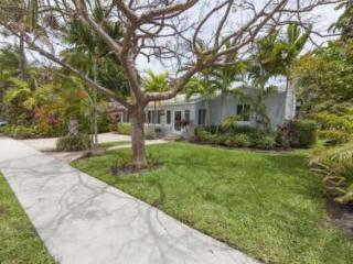 Newly furnished Tropical Paridise, heated pool!, Fort Lauderdale
