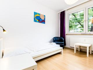 66 Nice apartment for 6 in Cologne Höhenberg