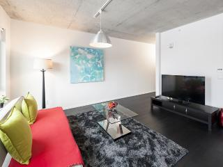 1Bedroom furnished condo at District Griffin - 960, Montreal