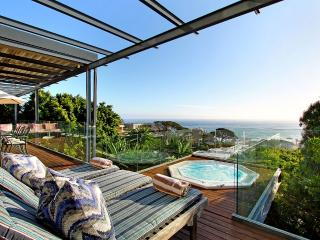PANACEA Relax to spectacular views, Camps Bay