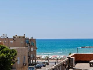 3 rooms located in the exclusive area of Tel Aviv