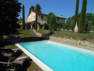 POGGIO ROSEMARY - historic farmhouse near Florence, Montespertoli