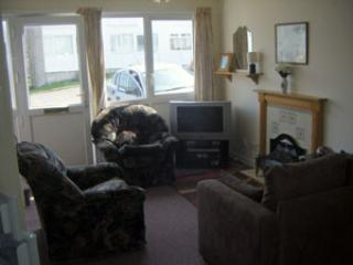 Pembrokeshire Beach Holidays, South Wales - Chalet, Freshwater East