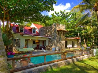 Looking for a fabulous beach villa ?. Here it is., Riambel