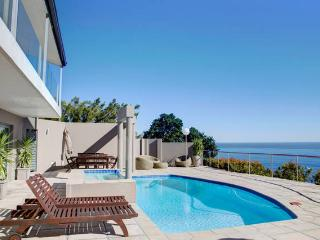 Camps Bay Modern Self Catering Unit, Bakoven