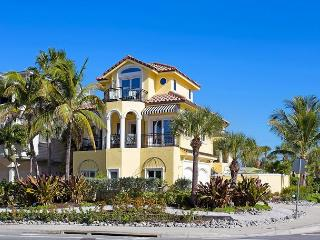 Casa de Mariposa Mansion, 6 Bedrooms, Gulf View, Elevator, Heated Pool, Sarasota