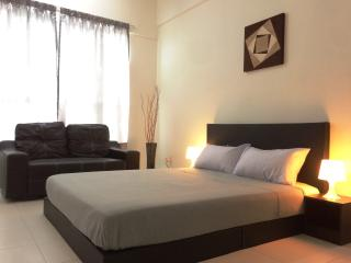 Golden Cozy Suite, nearby Spice Arena, Bayan Lepas