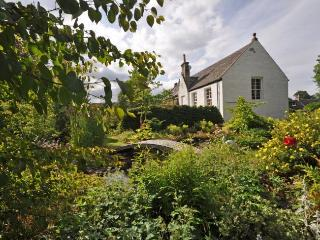 TOMNA House in The Cairngorms, Ballindalloch