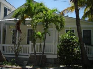 Quiet, Quaint And Conveniently Located!, Key West
